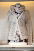 Strickjacke mit Lochmuster von Nice Connection